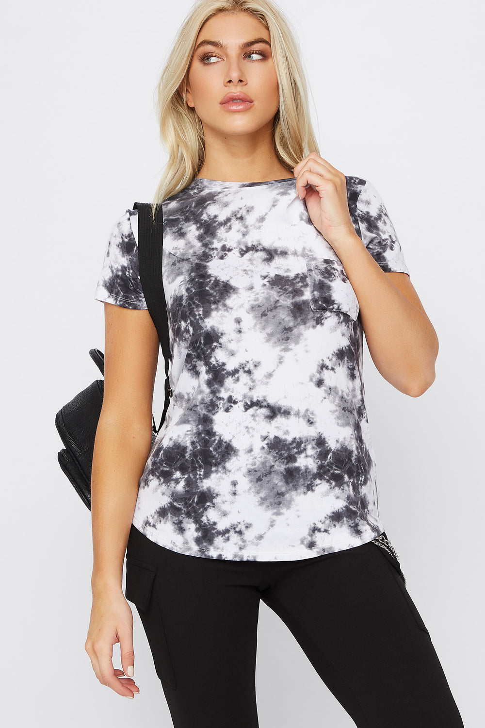 Relaxed Tye Die Pocket T-Shirt Black with White