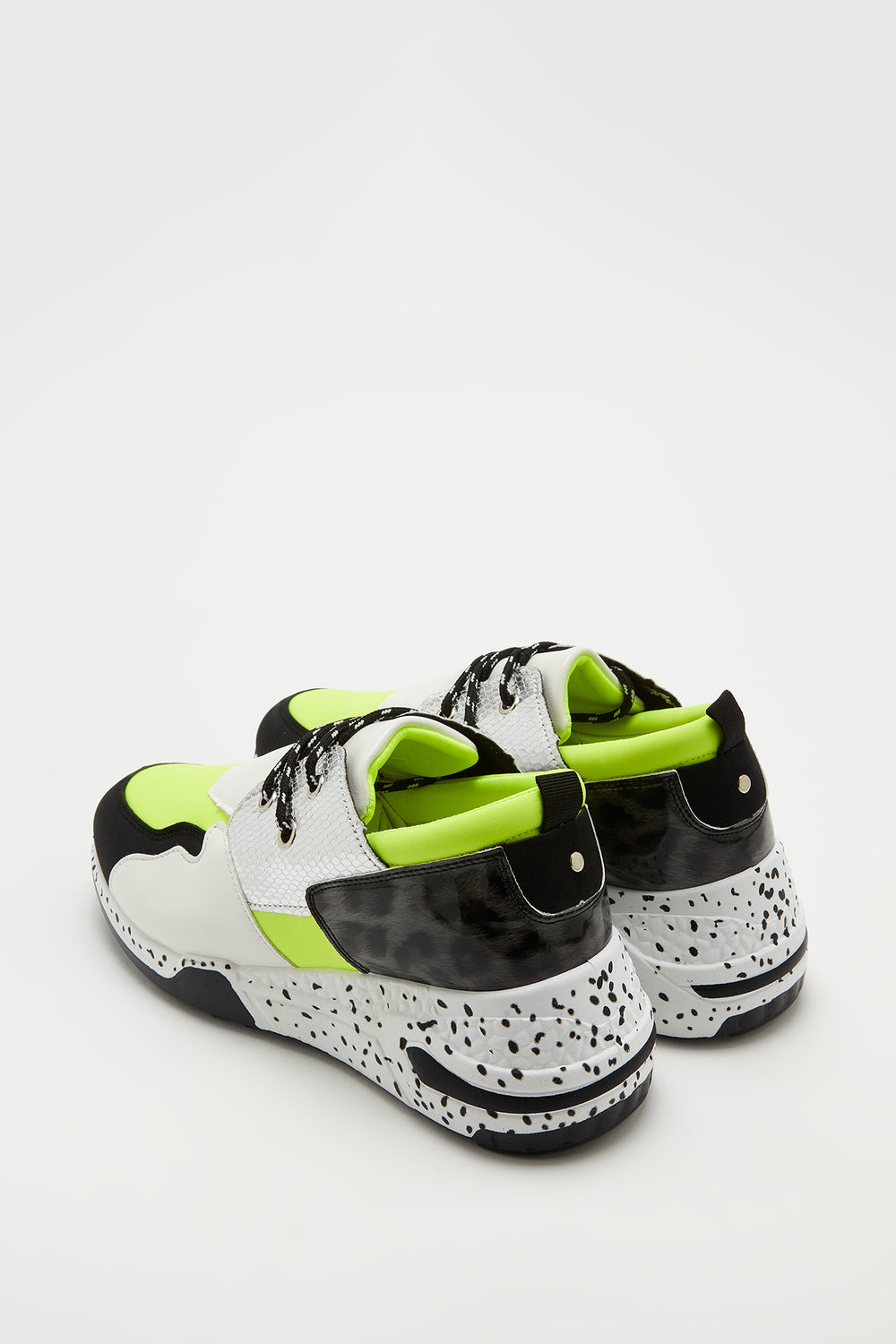 Lace-Up Speckle Outsole Sneaker Neon Green