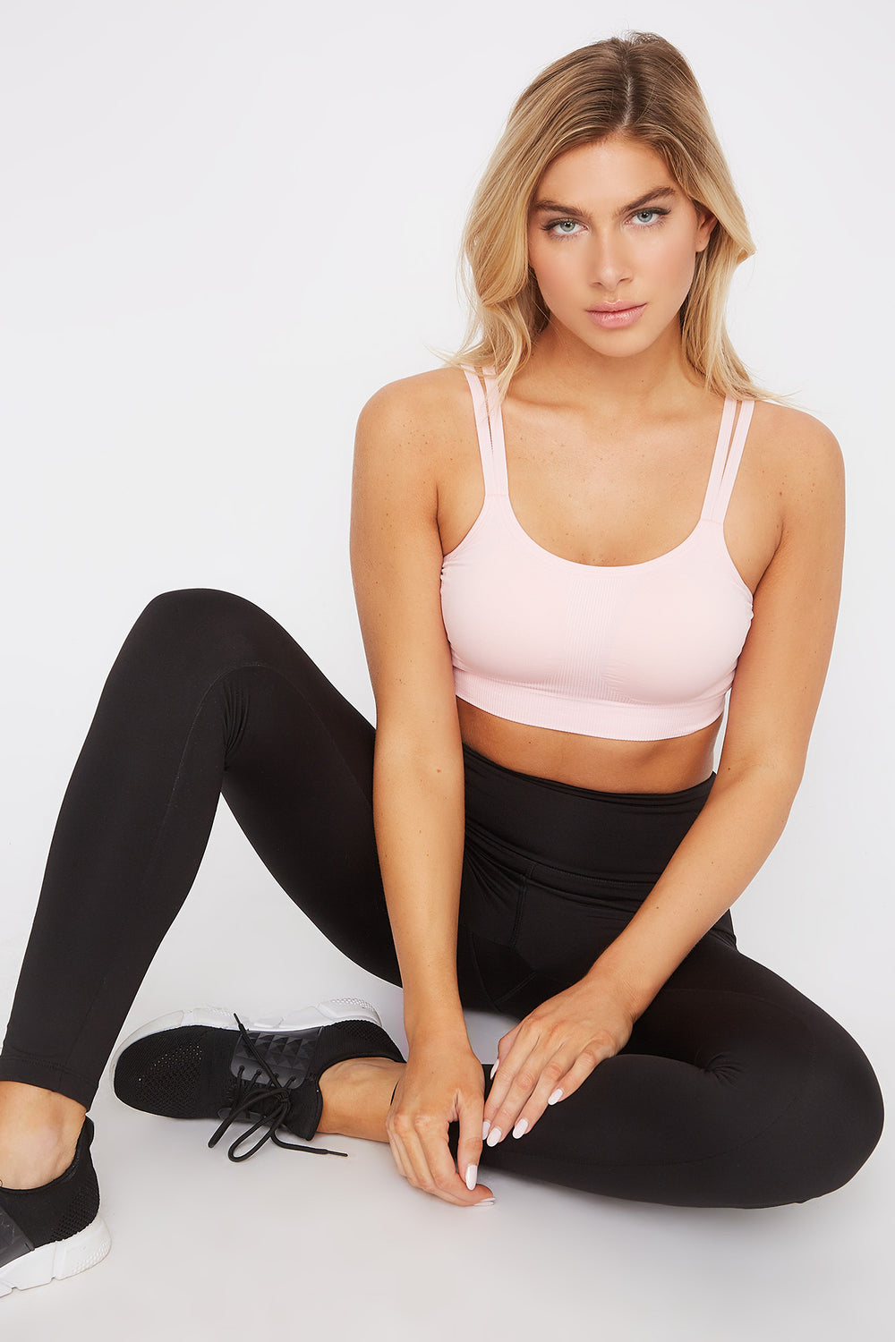 Seamless Keyhole Back Sports Bra Pink