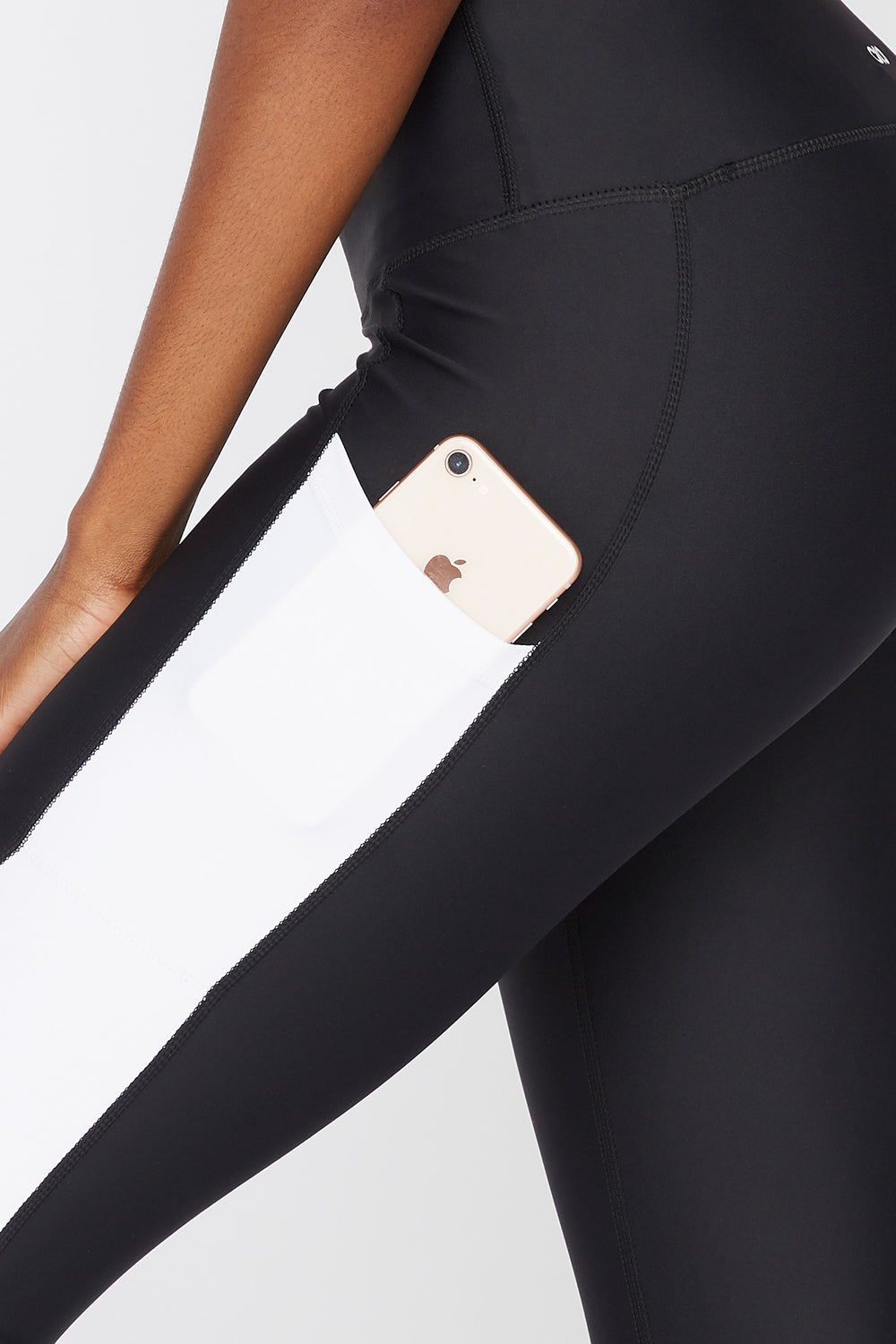 Infinite High-Rise Contrast Pocket Legging Black with White