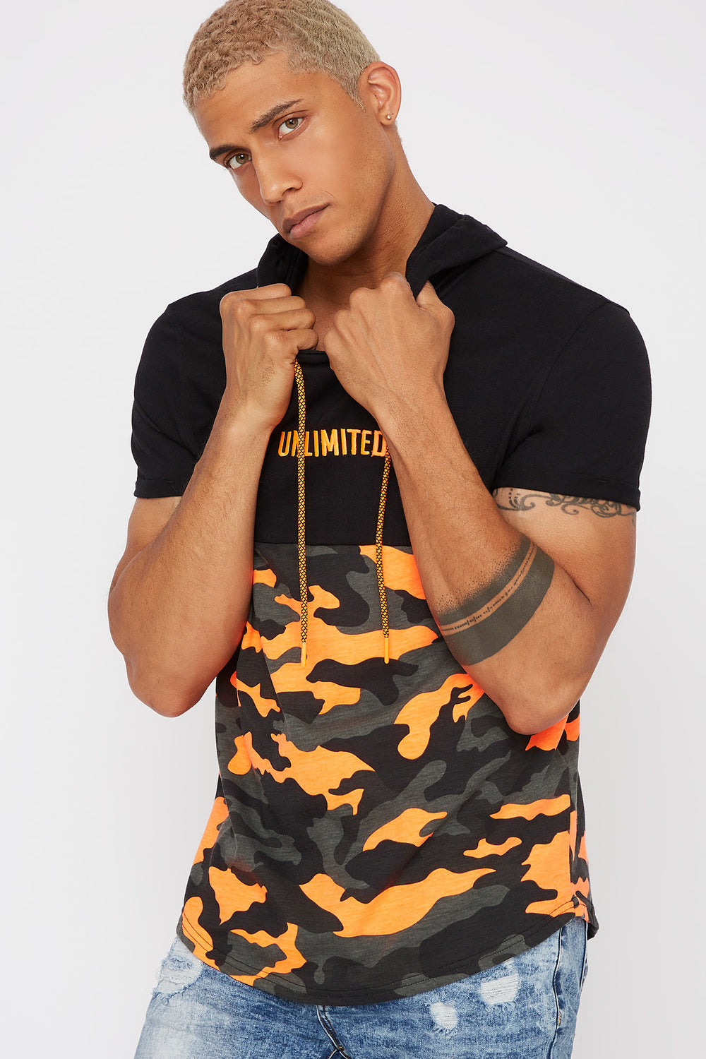Hooded Graphic Contrast Camo T-Shirt Black
