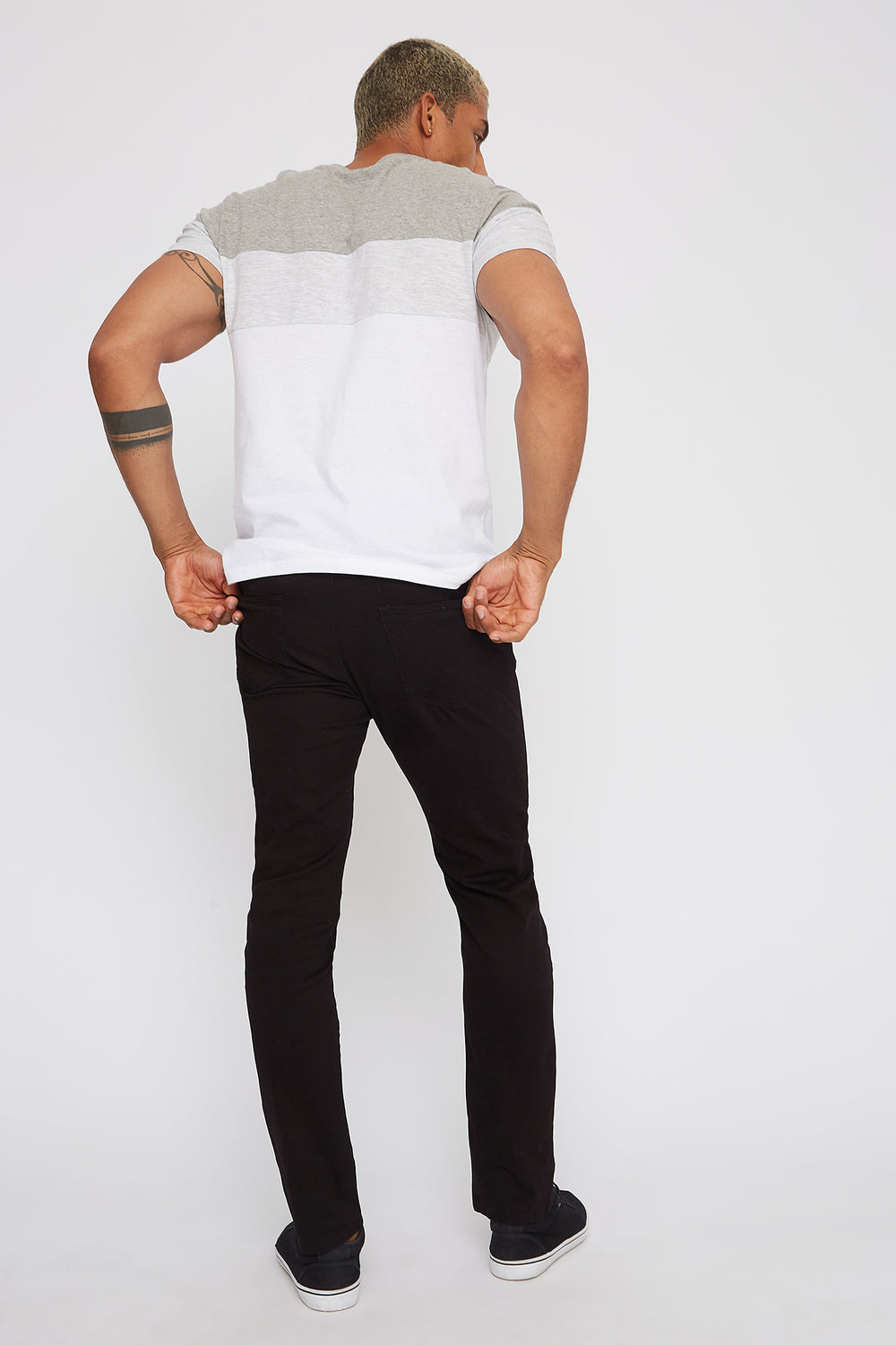 Low-Rise Twill Skinny Pant Black