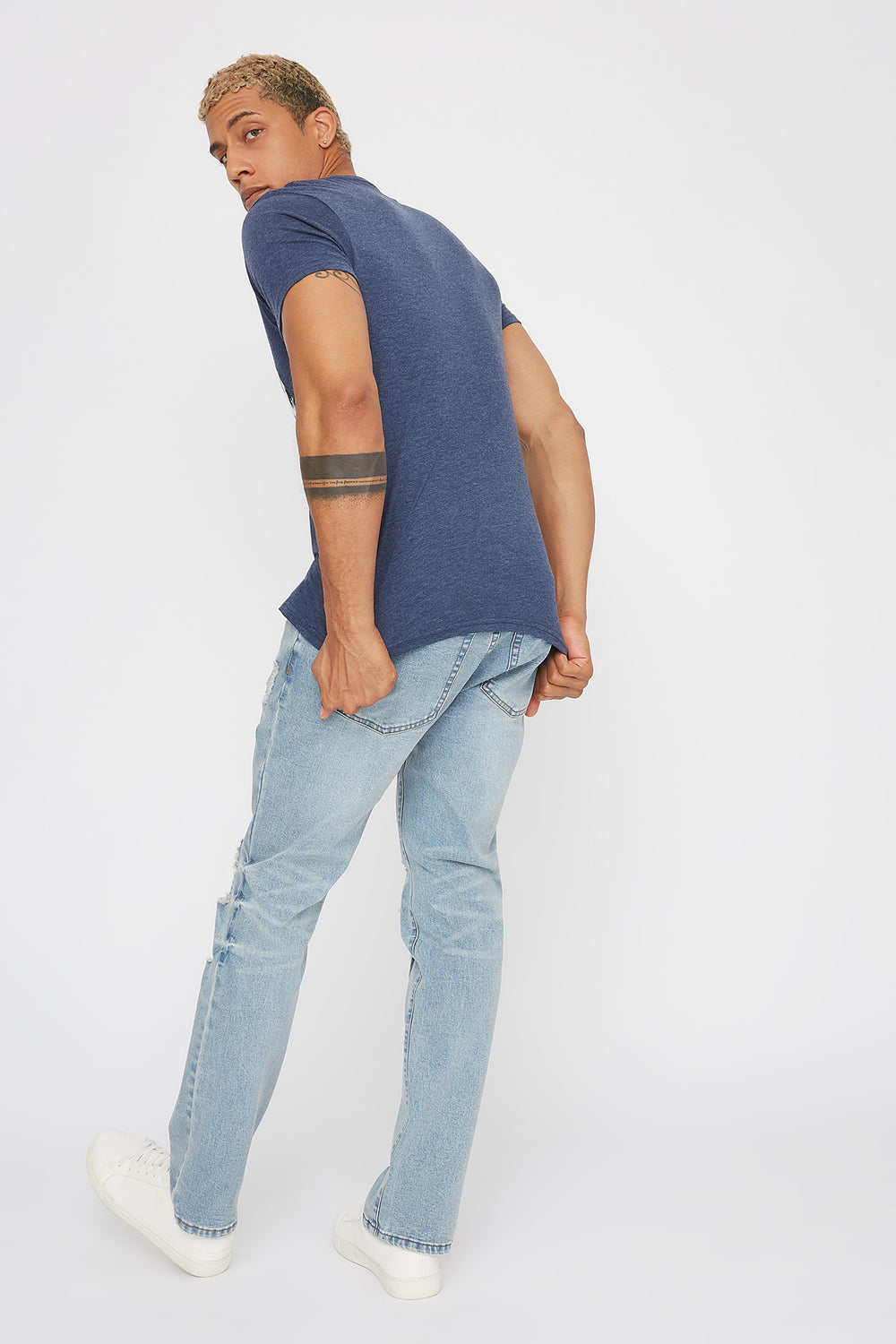 Distressed Light Wash Straight Jean Light Blue