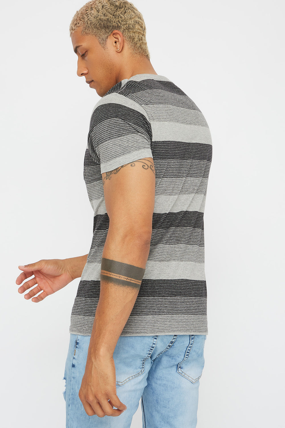 Striped V-Neck Pocket T-Shirt Black