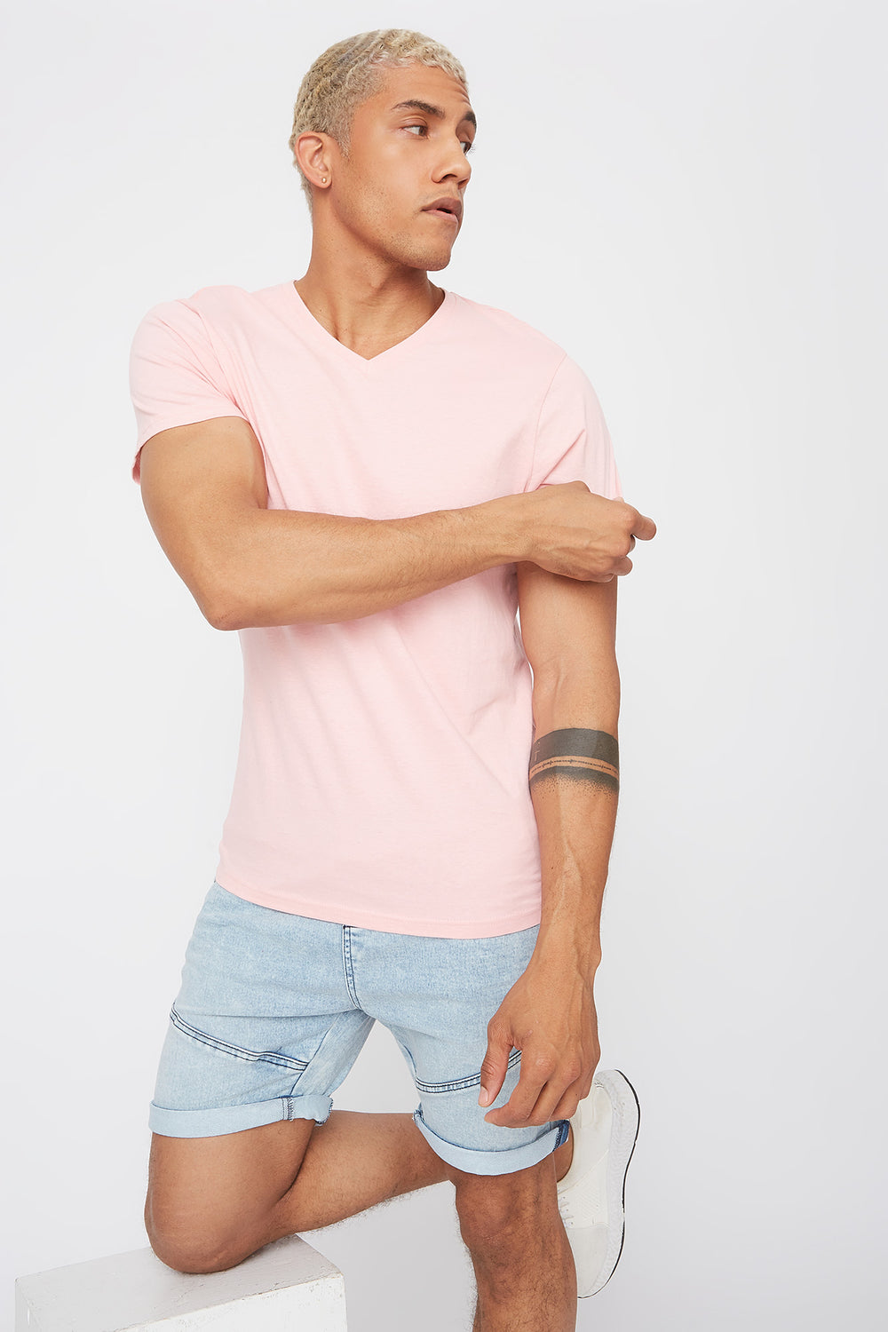 Solid Basic V-Neck T-Shirt Light Pink