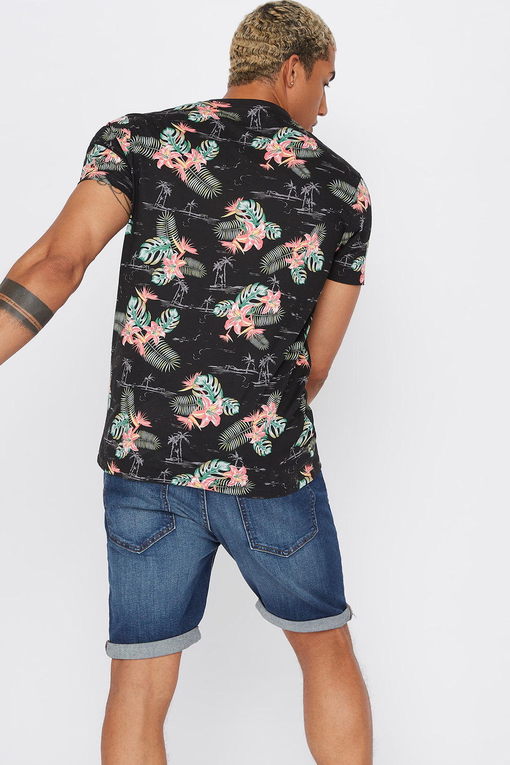 Tropical Crew Neck T-Shirt Black