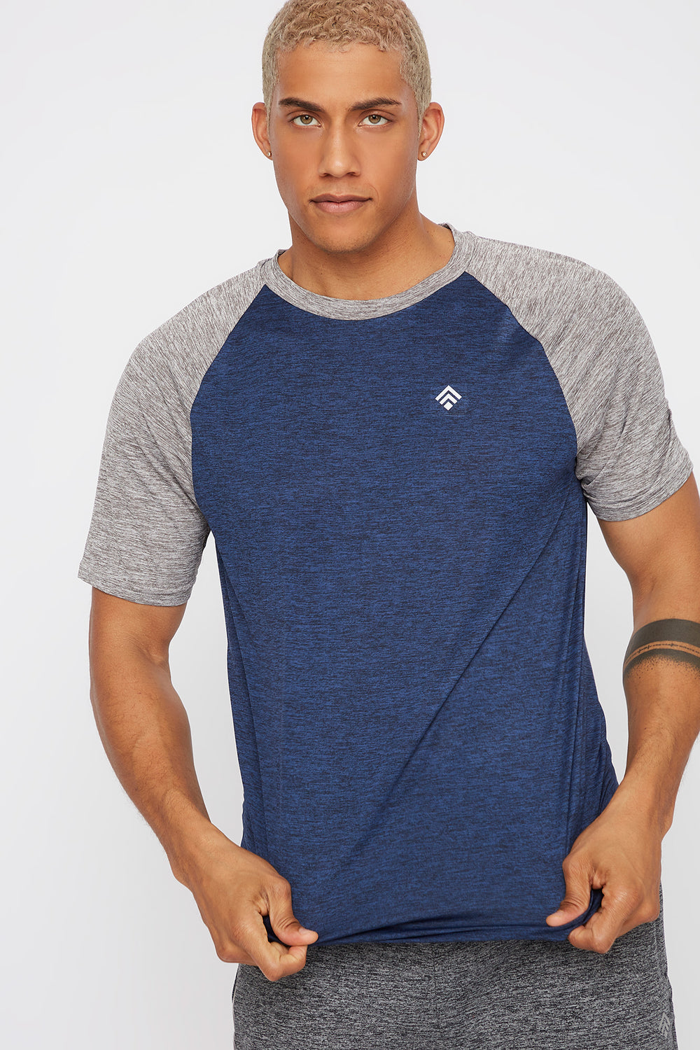 Contrast Active T-Shirt Blue