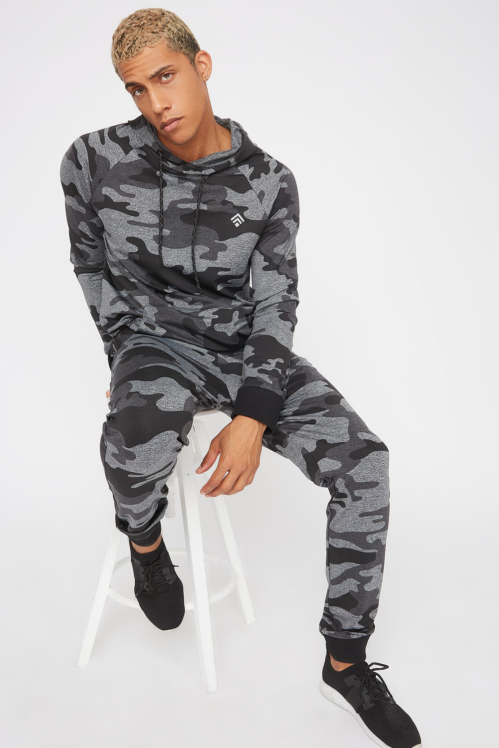 Active Camo Jogger Black with White