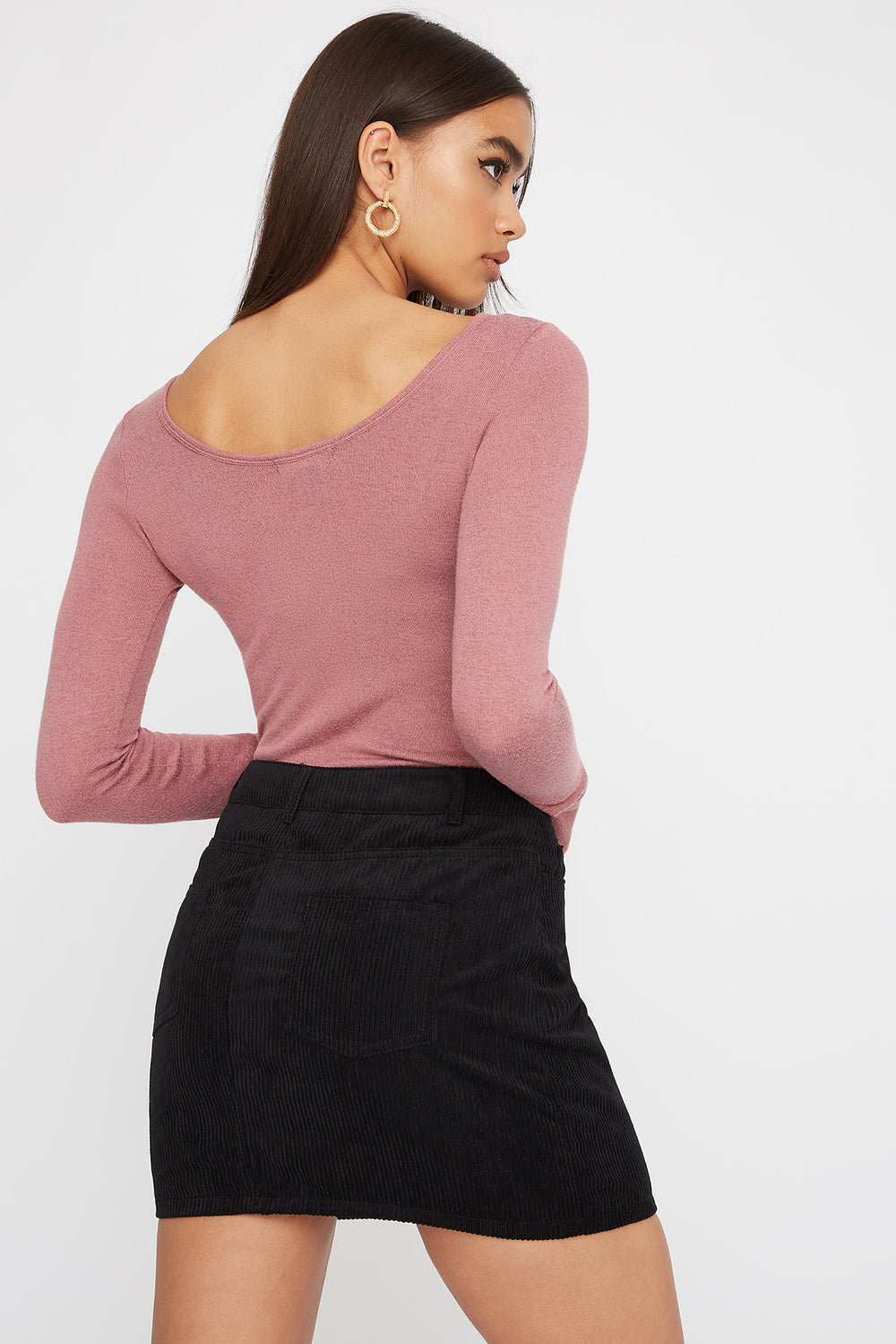 Scoop Neck Button Long Sleeve Rose