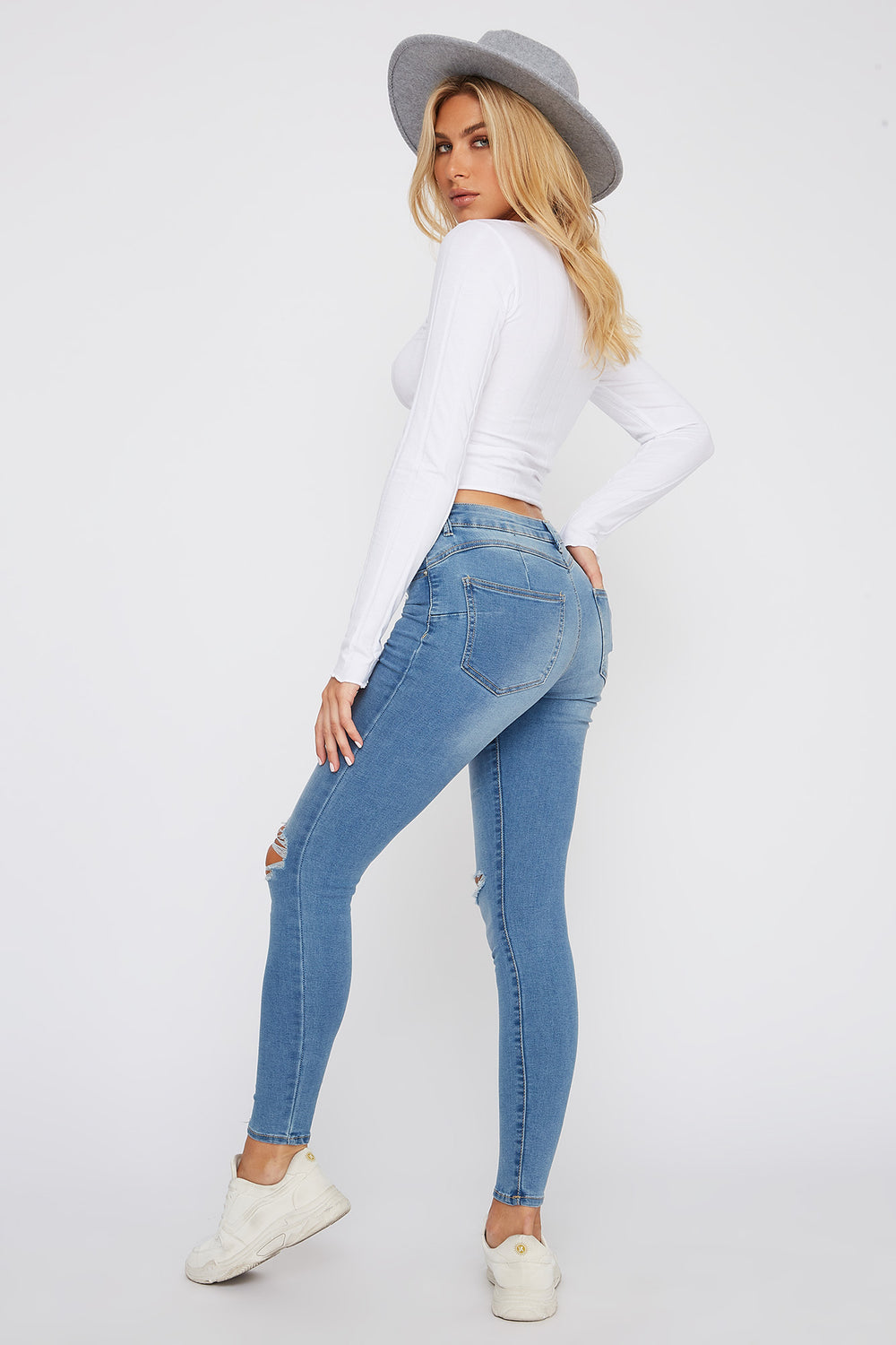 Rio Medium Wash Mid-Rise Distressed Push-Up Skinny Jean Medium Blue
