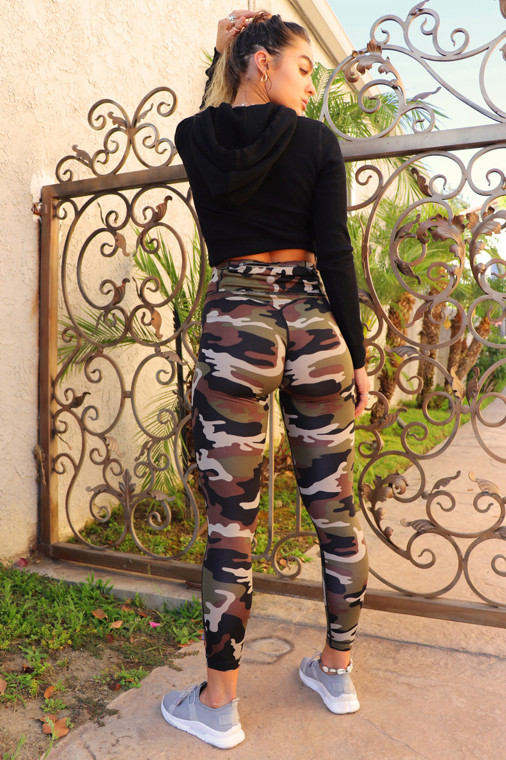 Legging remonte-fesses Sommer Ray Active avec motif camouflage Camoufle