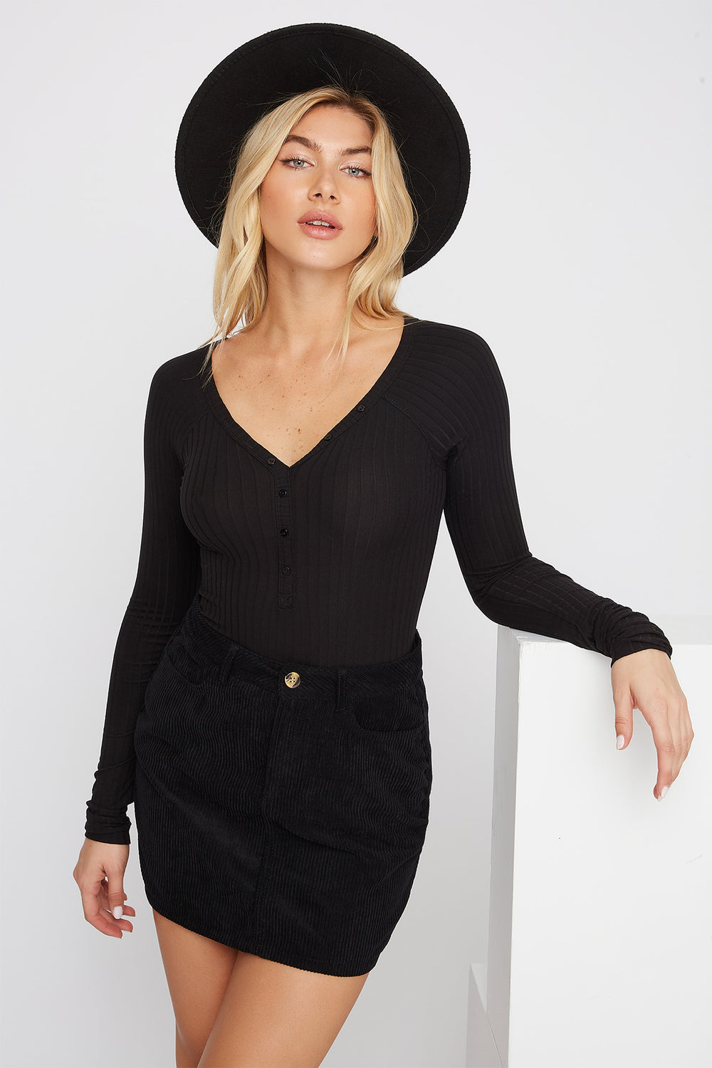 Ribbed Button-Up Long Sleeve Bodysuit Black