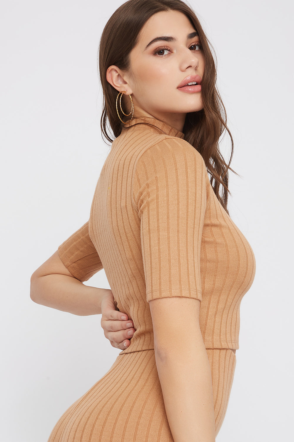 Cropped Ribbed Mock Neck Top Taupe