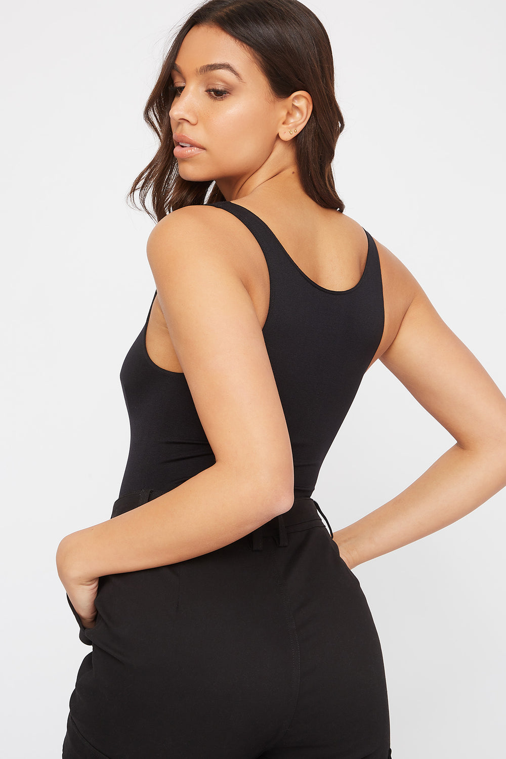 Seamless Scoop Neck Tank Black