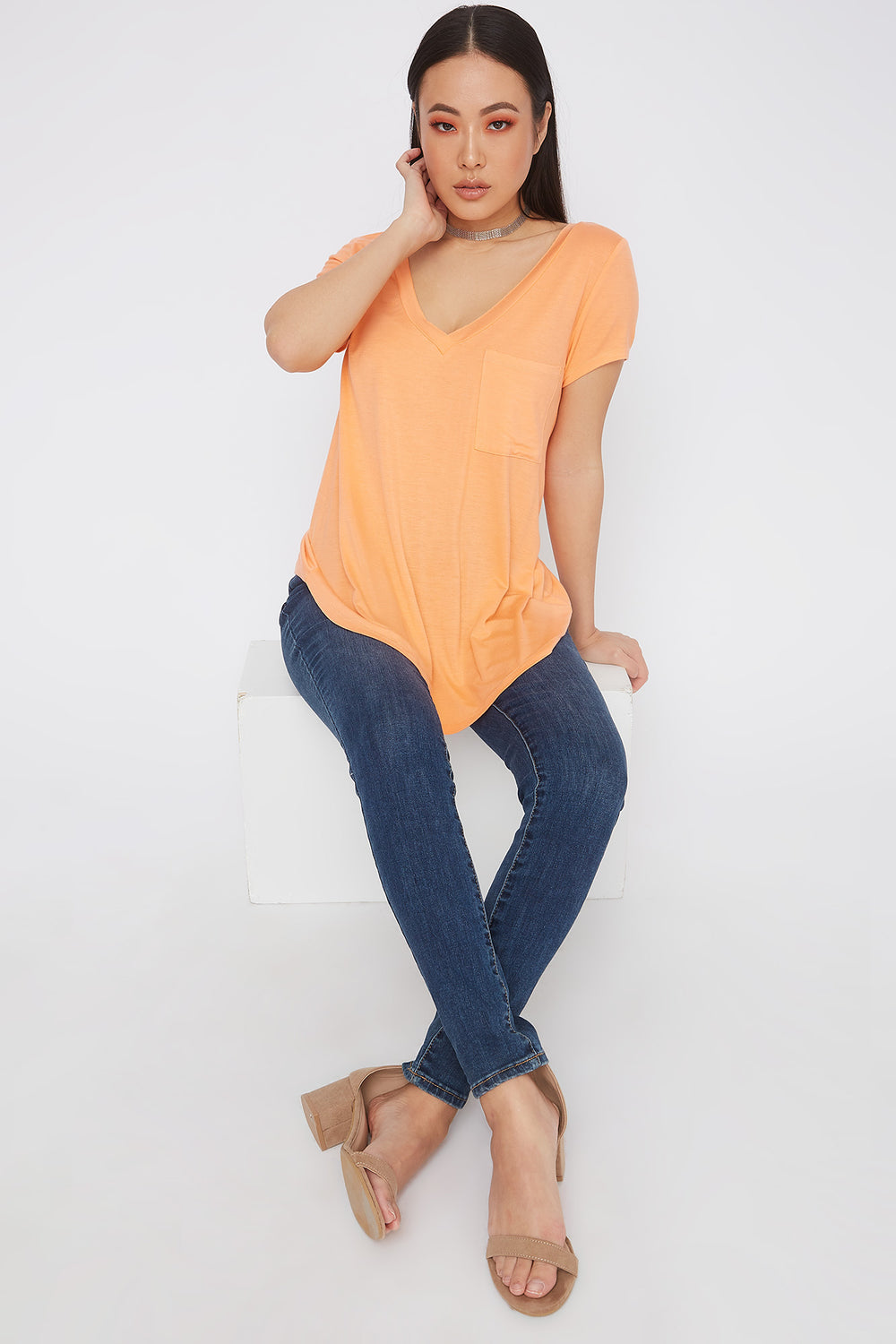 Relaxed V-Neck Pocket T-Shirt Orange