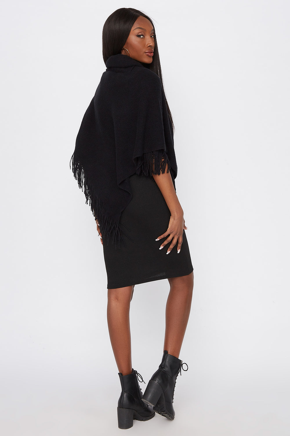 Knit Toggle Button Cape Black