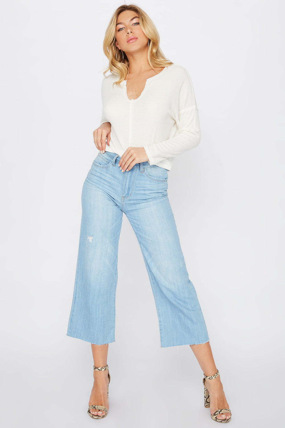 Raw Hem Wide Leg Culotte Mom Jean Light Denim Blue
