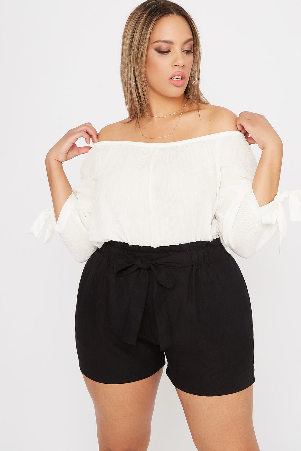 Plus Size Linen High-Rise Tie Short Black