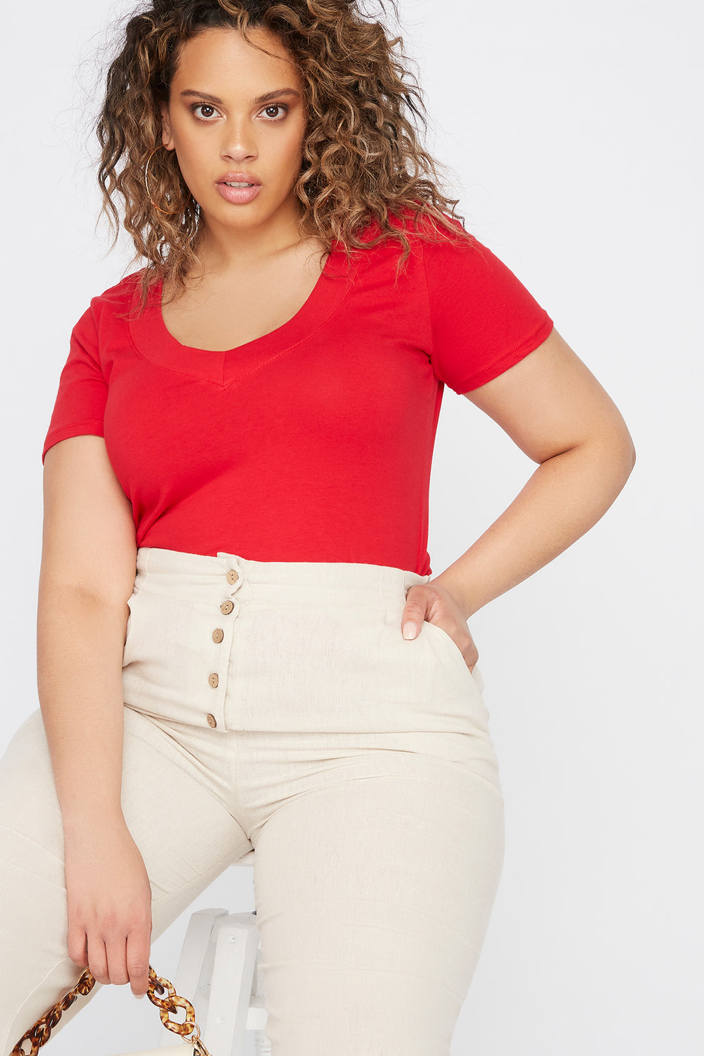 Plus Size Wide Band V-Neck T-Shirt Red