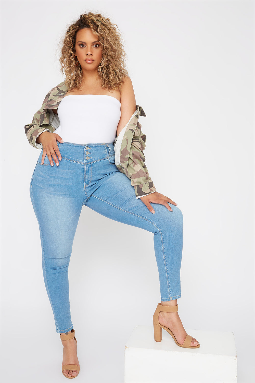 Plus Size Butt, I Love You 3-Tier High-Rise Push-Up Skinny Jean Light Denim Blue