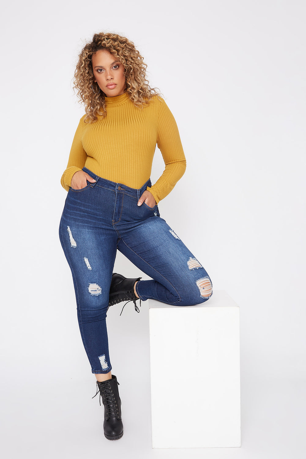 Plus Size Butt, I Love You High-Rise Distressed Push-Up Cropped Skinny Jean Dark Blue