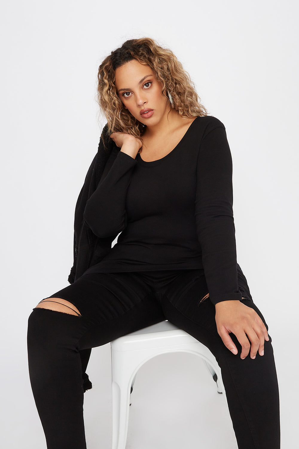 Plus Size Scoop Neck Long Sleeve Black