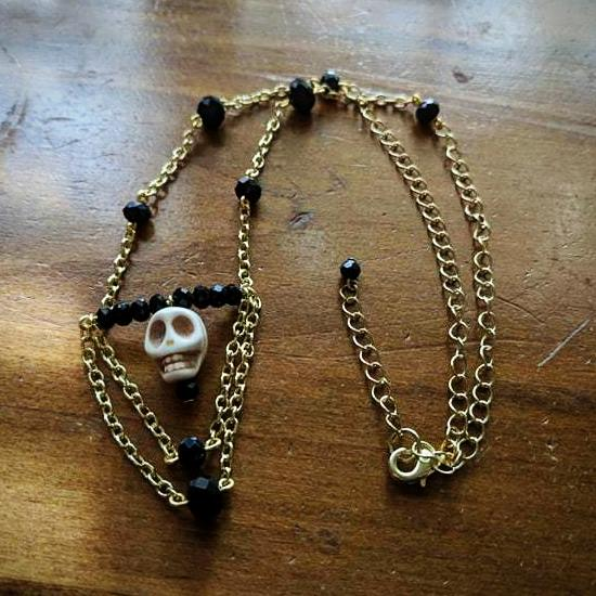 Skull - Black & White Necklace