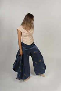 Long trousers with side drapes - Viscose