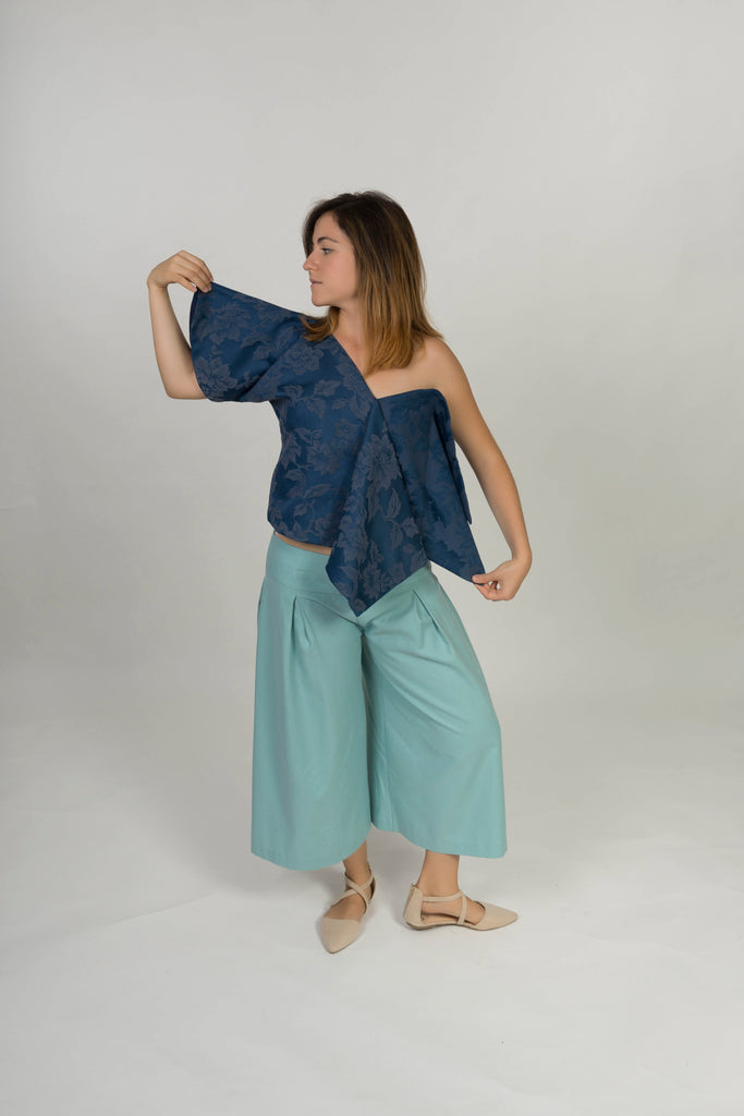 Top with asymmetric silhouette - Navy