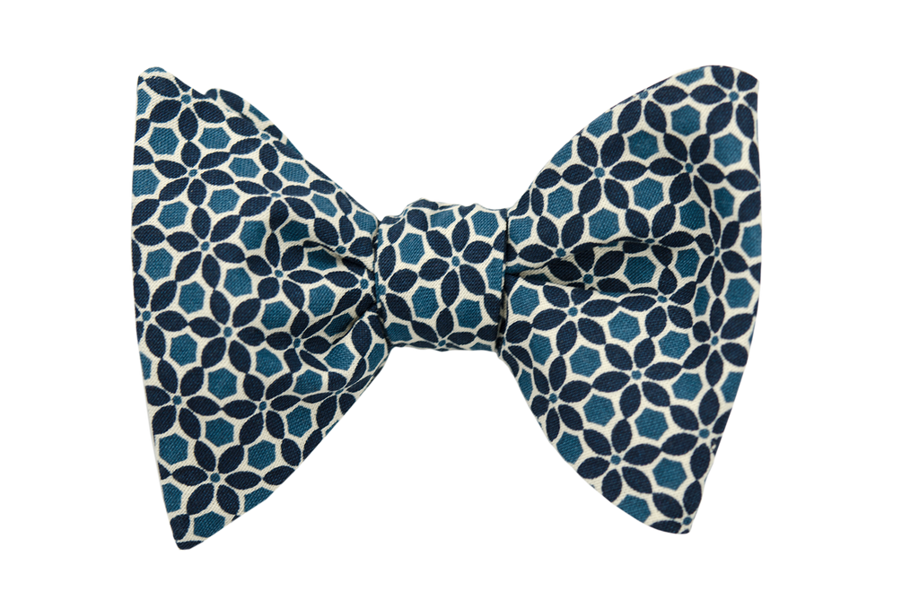 Blue Bell Flower Bow Tie