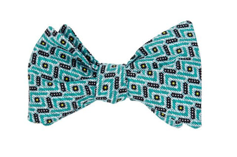 Twist and Shout Blue Adult Bow Tie