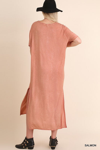 Curvy - Washed Maxi Tee Dress with a Chest Pocket and Side Slits