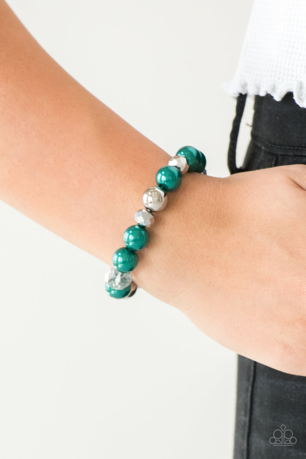 Paparazzi Very VIP - Green Beaded Stretch Bracelet
