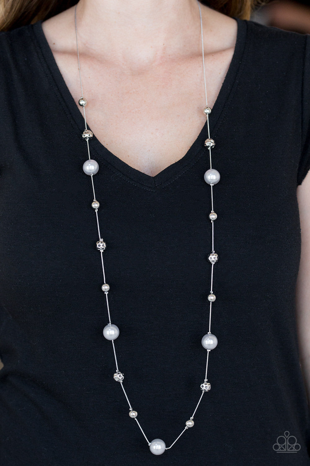 Paparazzi Eloquently Eloquent Silver Necklace & Earrings Set