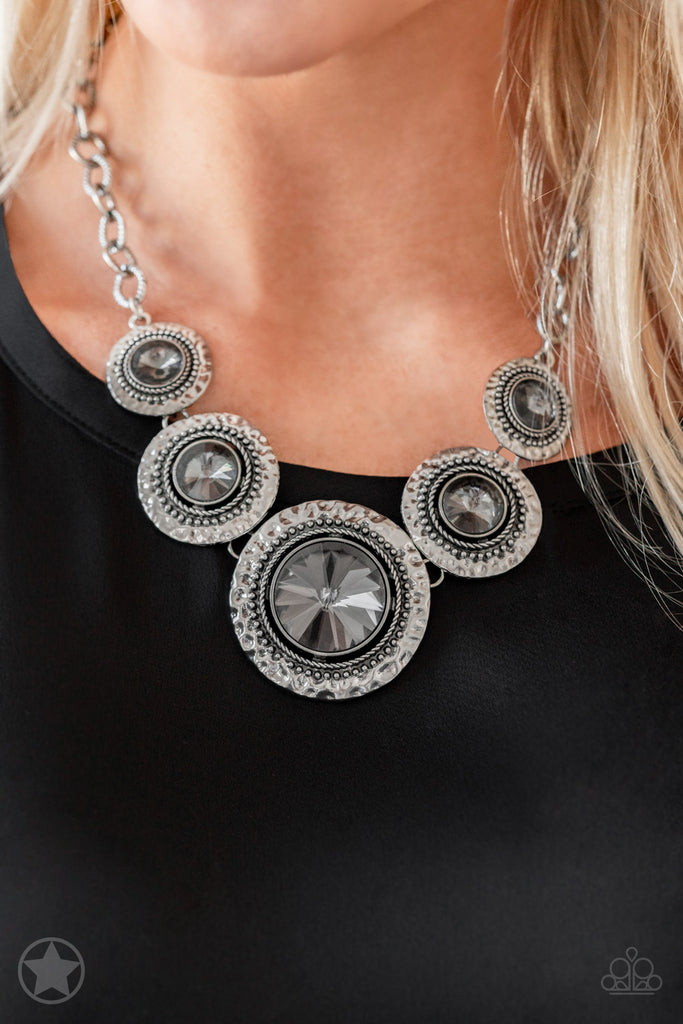 Paparazzi Global Glamour Silver Necklace & Earrings Set