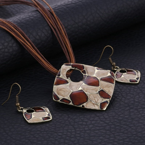 Brown & Ivory Geometric Necklace & Earrings Set