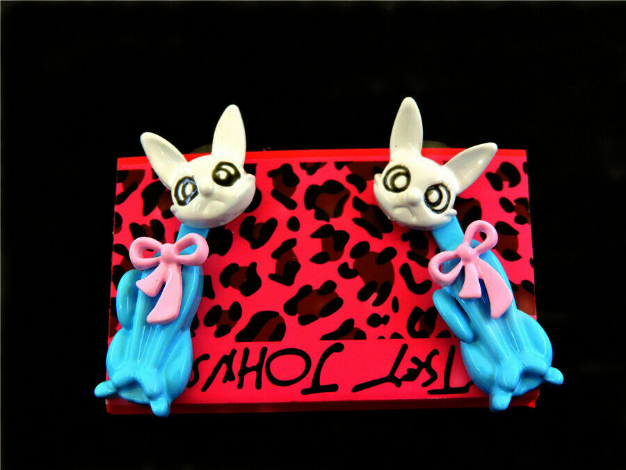 Betsey Johnson Crazy Cat Blue & White Moveable Body Earrings