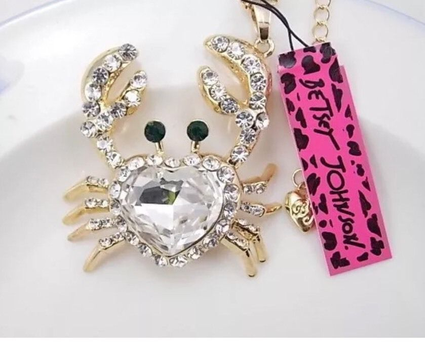 Betsey Johnson Crab Clear Crystal Heart Rhinestone Gold Necklace