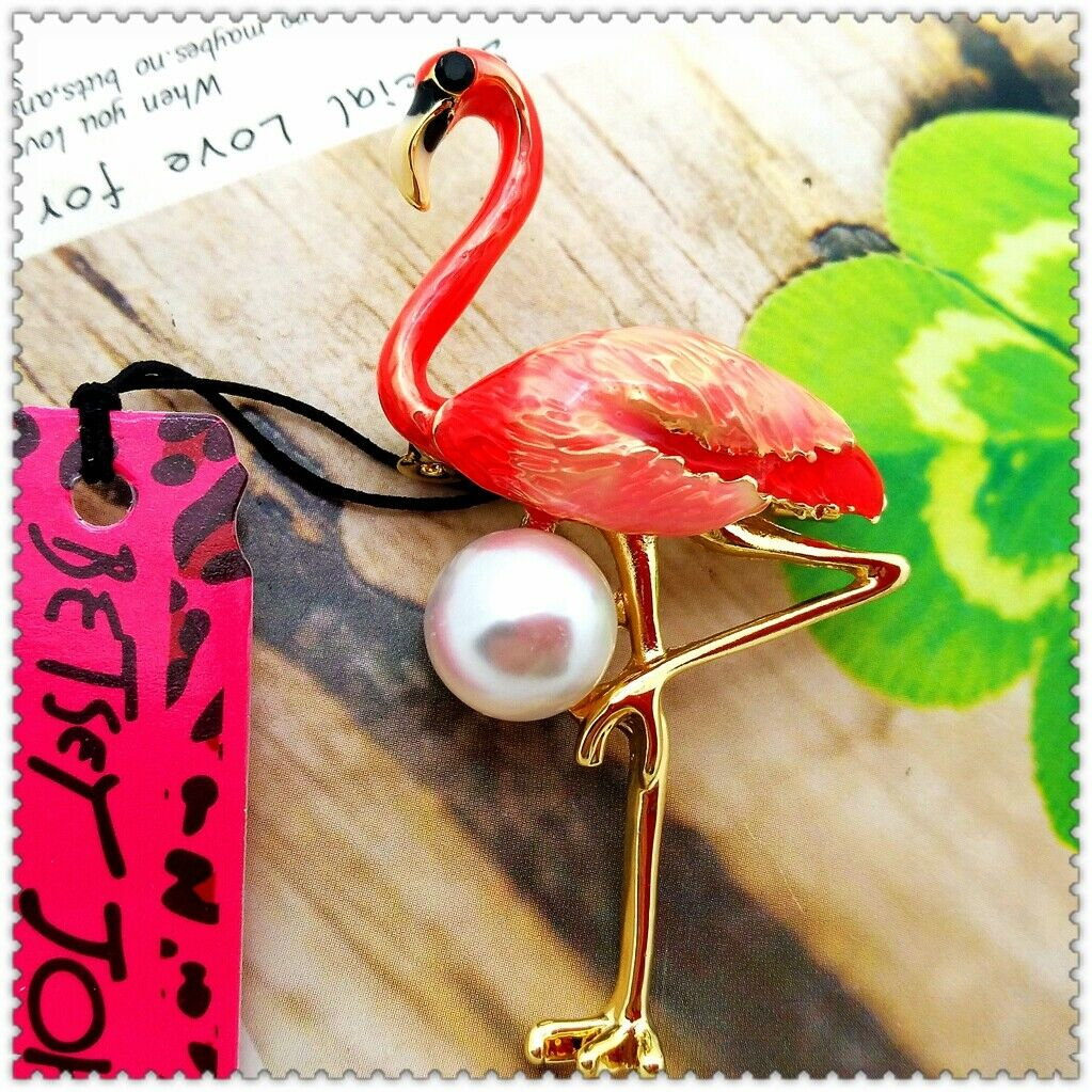Betsey Johnson Pink Flamingo Faux Pearl Gold Brooch Pin