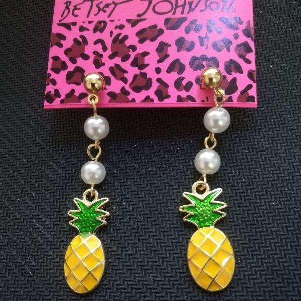 Betsey Johnson Yellow Enamel Pineapple Faux Pearl Dangle Earrings