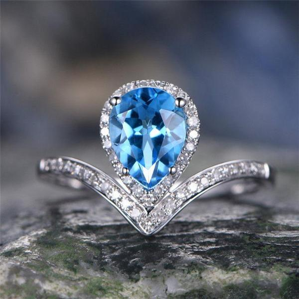 Elegant Pear Shaped Simulated Aquamarine Silver Ring Size 7