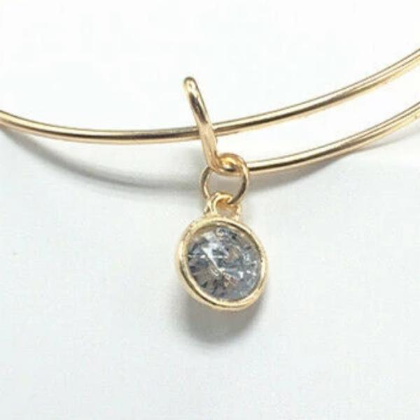 Gold Wire Bracelet with Clear Glass Charm
