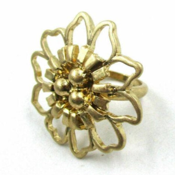 Flower Gold Tone Ring Size 8