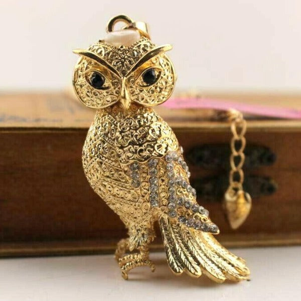 Betsey Johnson Owl Crystal Rhinestones Gold Necklace
