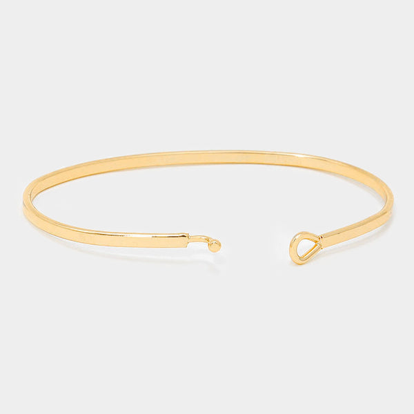 """BASKETBALL MOM"" Gold Thin Metal Hook Bracelet"