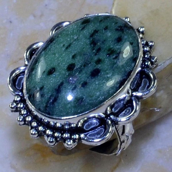 GREEN RUBY ZOISITE GEMSTONE .925 SILVER PLATED RING SIZE 8 3/4