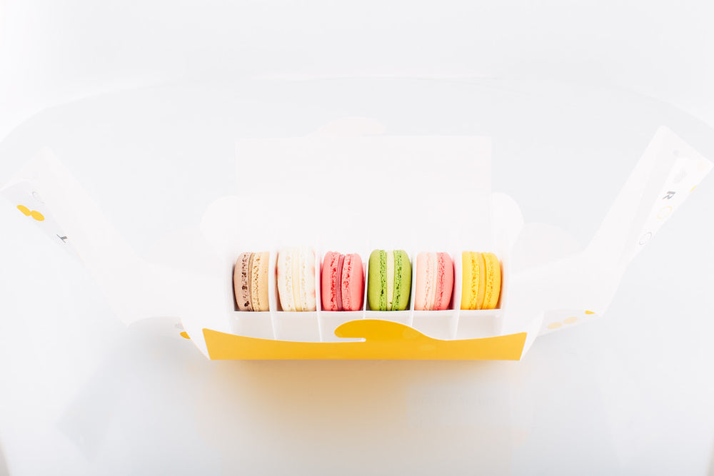 Load image into Gallery viewer, Box of 6 Macarons