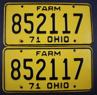 1971 Vintage Original Ohio License Plate 852117 FARM PAIR