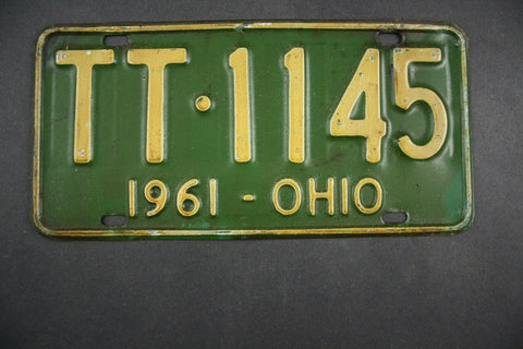 1961 Original Vintage Ohio License Plate TT-1145