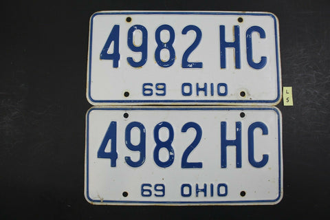 Vintage 1969 OHIO License Plate 4982-HC PAIR 1969 Local Tax Sticker L5